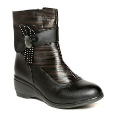 TEN Black Leather Boots (TENHBTTBI-017BLK)