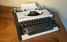 Vintage Olympia Traveller De Luxe Portable Typewriter.  VGC