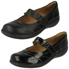 Mujer Clarks Mary Jane JANES planos - Embrace Lux