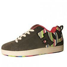 Baskets Femme DC SHOES COURT GRAFFIK SE Dark Shadow Lollipop Un grand classique