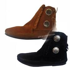 Two Button Boot Moccasins Minnetonka 442 449  handgefertigt traditionell Concho