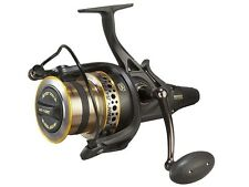 Penn Battle II Longcast Live Liner / reel with free spool system / Carrete