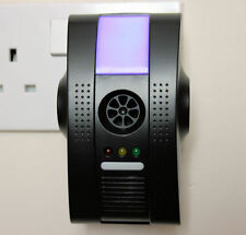 Ultrasonic Electro-magnetic Ionic Plug in Insect Rats Mice Spider Pest Repeller