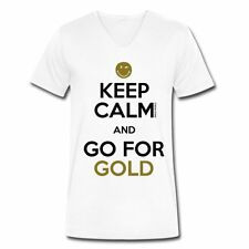 Smiley World Keep Calm Go For Gold Männer Bio-T-Shirt mit V-Ausschnitt von