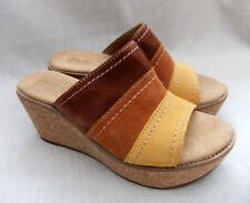 NEW CLARKS AISLEY LILY WOMENS TAN COMBI SUEDE MULES SANDALS 4.5 / 37.5 WIDE FIT