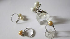 Anello in argento e perle. Sterling silver ring and pearls