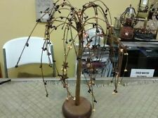 PRIMITIVE ~ PIP BERRY WILLOW TREE RUSTY STARS 12 IN TALL NEW CHOOSE YOUR COLOR !