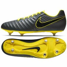 huge selection of 64c12 317be Football shoes Nike Tiempo Legend 7 Club Sg M AH8800-070