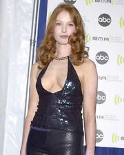 ALICIA WITT BUSTY CLEAVAGE CANDID PHOTO OR POSTER