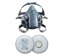 3M 7500 Silicone Half Mask Respirator & 2128 P2 Charcoal Particulate Filter Pack