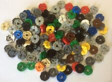 135 x LEGO Technic  Round Plate with Axle Hole  Part No 4032 Mixed Colours