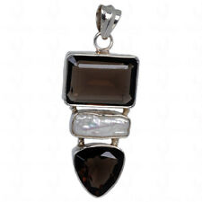 smoky & mother of pearl studded pendant in .925 sterling silver-SP1147