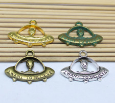 10-30pcs antique silver lovely delicate UFO aliens Charms Pendant As a gift