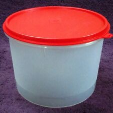 Tupperware - Super Storer - Round - wet / dry storage containers - very useful