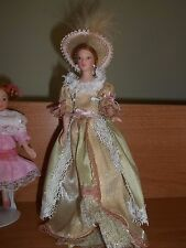 PORCELAIN VICTORIAN LADY - DOLL HOUSE MINIATURE
