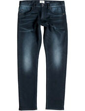 Quiksilver Revolver Straight Fit Jeans in Rinse