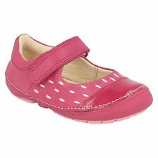 5afe247d4 INFANT GIRLS CLARKS PINK LEATHER RIPTAPE STRAP CASUAL FLAT SHOES SIZE SOFTLY  LOU