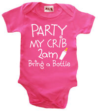 """/""""Party My Crib Bring a Bottle/"""" Funny Witty White BabyGrow"""