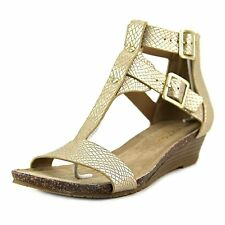 Kenneth Cole REACTION Women's Great Step Wedge Sandal