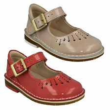 YARN JUMP GIRLS CLARKS INFANT BUCKLE SMART FLAT PATENT FIRST WALKING SHOES SIZE