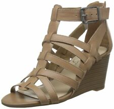 Jessica Simpson Womens Cloe Leather Pointed Toe Casual T-Strap Sandals