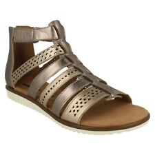 641af7ce5 LADIES CLARKS LEATHER FLAT ZIP STRAPPY GLADIATOR SANDALS SHOES SIZE KELE  LOTUS