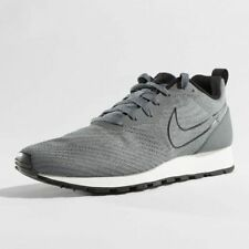 Nike MD Runner 2 ENG Mesh Mens Trainers