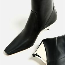 ZARA Woman BNWT Black Laminated Leather Mid Heel Ankle Boots Ref. 5120/101