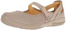 Bare Traps Womens Hastings Fabric Low Top  Walking Shoes