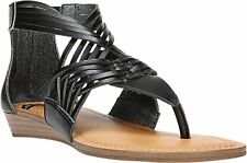Fergalicious Womens Tizzy Split Toe Casual T-Strap Sandals