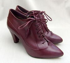 NEW CLARKS CROWN JEWEL WOMENS PURPLE LEATHER SHOES SIZE 5 / 38