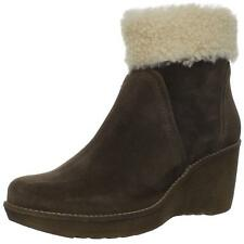 La Canadienne Womens Vicky Suede Round Toe Ankle Cold Weather Boots