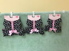 Smoochie Pooch Black Harness with White And Pink Hearts Ruffle Bottom