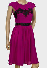 New with Tags Ladies Elise Ryan Crochet Detail Magenta & Black Dress Size 8 10