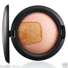 *NEW*M·A·C DIVINE NIGHT MINERALIZE SKINFINISH Available in 2 shades
