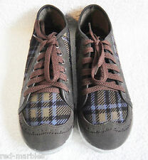 New Carolina Boix Designer Lace-Up Brown Tartan Shoes. Various Sizes. Fashion.
