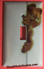 Carfield Cat behind the Wall Light Switch Outlet Toggle Cover Plate Home Decor
