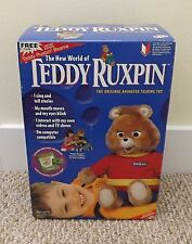 NIB 1998 YES TEDDY RUXPIN ANIMATED TALKING TOY w/AIRSHIP BOOK AND TAPE & BEANIE