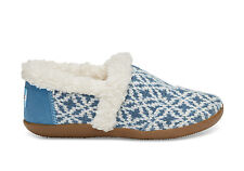TOMS BLUE FAIR ISLE YOUTH/TINY HOUSE SLIPPERS
