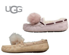 Ladies UGG Womens Dakota Pom Pom Slippers