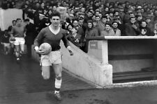 *STUNNING PHOTO* MIDDLESBROUGH 1963 MIKE McNEIL (MID-030)