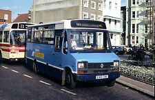 PHOTO Brighton Renault S56 61 E461CWV in 1989 in Brighton Area
