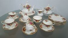 Royal Albert 'Old Country Roses' fine china/porcelain items