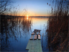 Cuadro de madera Landscape: wooden jetty at sunset on lake Var... - M. Colombo