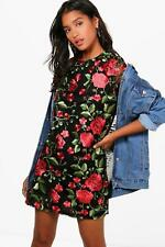 Boohoo Rose Mesh Embroidered Shift Dress per Donna