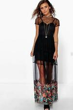 Boohoo Petite Polly Embroidered Hem Mesh Maxi Dress para Mujer