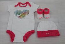 NIKE JORDAN 3 PIECE INFANTS GIRL,S SET WHITE/PINK sz...0-6 MONTHS BNIB