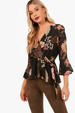 Boohoo Claire Floral Wrap Tie Side Blouse per Donna