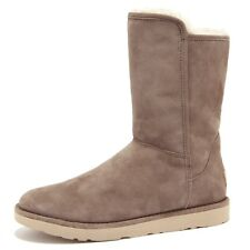 7495U (SAMPLE NOT FOR SALE WITHOUT BOX) UGG stivale donna boot