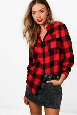 Boohoo Jennifer Oversized Checked Lumberjack Shirt per Donna